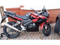 Honda CBR125 RW-9 125cc, FULL SERVICE HISTORY & HPI CLEAR. 14800 mlies
