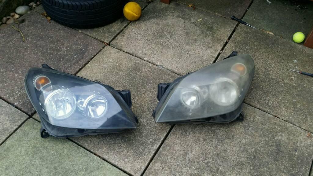 Vauxhall astra headlight