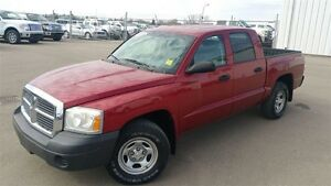 2007 Dodge Dakota Crew 4x4-power seat!  V*8 Grea
