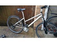 "Ladies Dawes mountain bike 26"" alloy wheels good tyres 21 rapid gears front suspension vgc gwo"