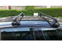 Roof bars and feet for vw Golf or polo