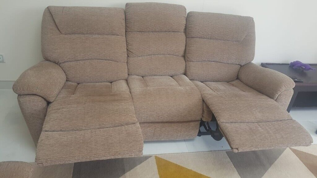 Outstanding Lazy Boy 3 2 Manual Recliner Sofa For Sale In Hatfield Hertfordshire Gumtree Ocoug Best Dining Table And Chair Ideas Images Ocougorg