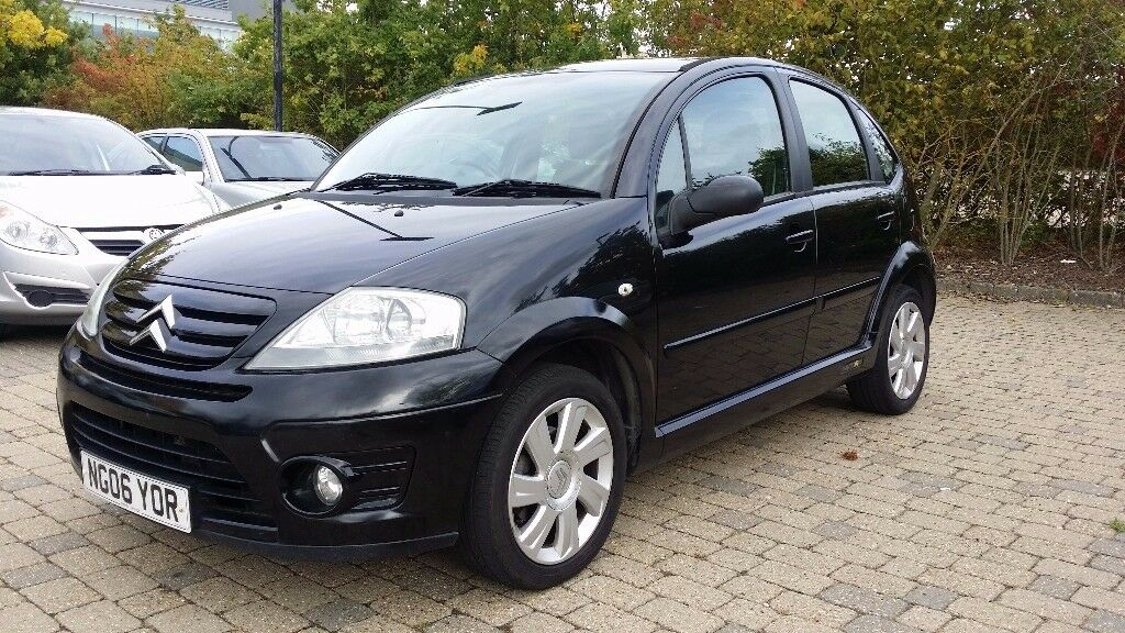 2006 citroen c3 1 6 i 16v vtr 5dr black with service history 12 months mot in reading. Black Bedroom Furniture Sets. Home Design Ideas