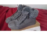 new in box size 5 grey fur suede trainer boot christmas gift sketchers style