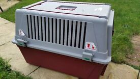 LARGE PET CARRIER with wheels & pull along handle - Suitable for 1-2 cats or small dog