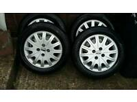 Ford focus Ghia wheels and rims.
