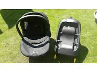 Silver Cross Simplifix car seat and Isofix Base