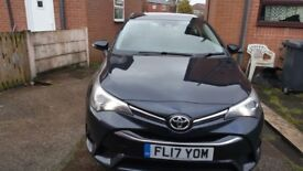 Toyota avensis 1.6 business addition.