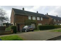 3 bedroom house to rent in farley hill area of luton £1000 pcm