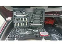 Brand new 200 piece Halfords socket set