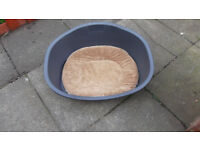 DOG / CAT BED FOR SALE, EXCELLENT USED CONDITION