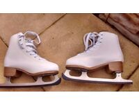 SFR ice skates only worn once size 3 still in box £20ono