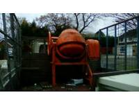 Large 240 v cement mixer.