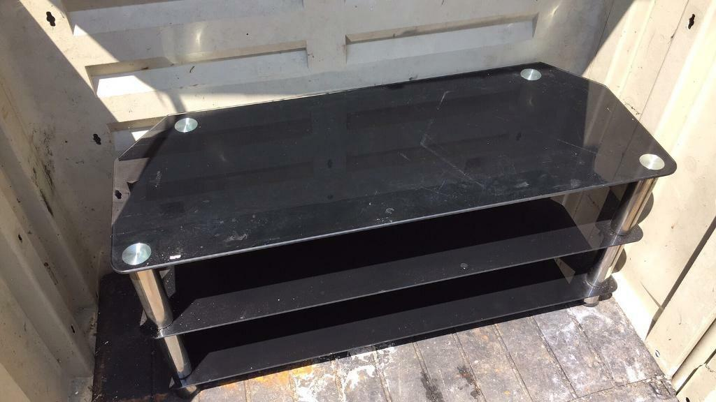 Tv standin Torquay, DevonGumtree - Black glass 3 tier tv stand for sale for collection from torquay