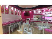 Busy Milkshake Bar/Cafe