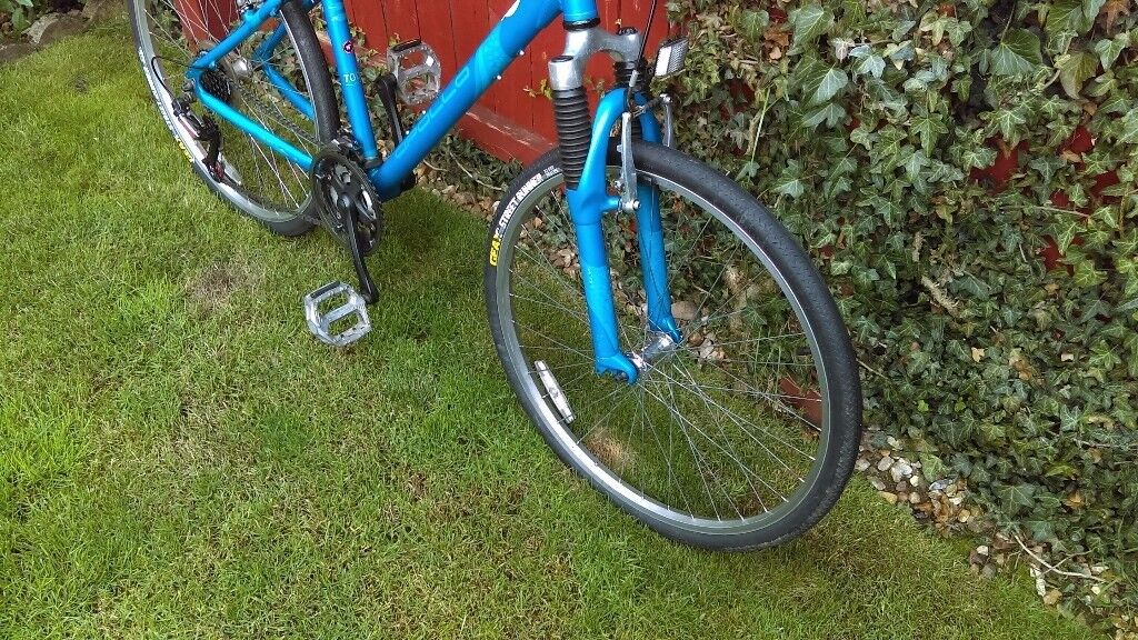 Girls/Womens Appolo Bike 16inch Frame.