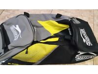 Slazenger Pro Wheelie cricket bag