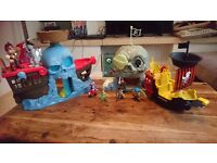 Jake and the neverland pirate sets PLUS motion figures LIGHTS AND SOUNDS!!!