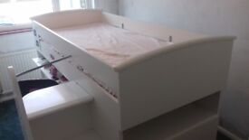 CABIN BED (White)