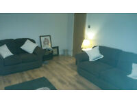 3 seater and a 2 seater sofas in great clean condtion