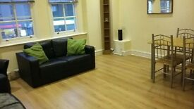 Stunning 2 bedroom flat in Central location.