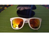Ray Ban Wayfarer white / orange / sunglasses