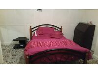 LARGE , SPACIOUS DOUBLE ROOM FULLY FURNISHED, CLOS L&D HOSPITAL TO RENT IN A BANGLOW HOUSE £399PCM