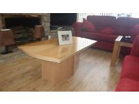 Beautiful high gloss coffee table in pristine condition.
