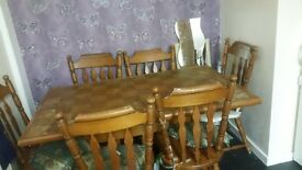 Kitchen table and chairs genrel wear and tear but can be made to look bran new
