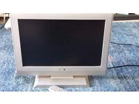 Mikomi LCDW19HD 19inch portable HD Ready LCD TV (with remote)