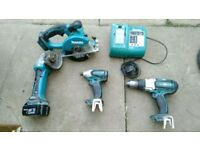 Makita lxt saw grindir 2x dricer ,charger!and battery!all working perfectly! Can deliver or post!