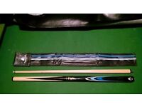 John Parrot 4 foot Snooker Pool Cue in soft case, lightweight