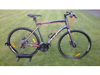 * * * RRP £ 499 * * * SHOWROOM CONDITION 2016 MENS FELT QX75 DISC SPEC HYBRID/ROAD BIKE