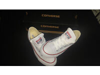BRAND NEW Womens Converse white shoes UK 4