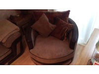 Comfortable Twister/Cuddle Chair for sale (like new)