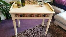Washstand/table