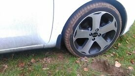 2x Diamond cut alloy wheels for Kia Rio 3 (2013) - minor damage