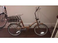 Womens Vintage Gold Shoppers/ Cruiser fold up bike