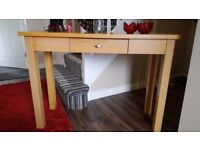 Hall table Beech, 1 drawer. In excellent condition. H76.5 x W107 x D38 cm look good in any room.