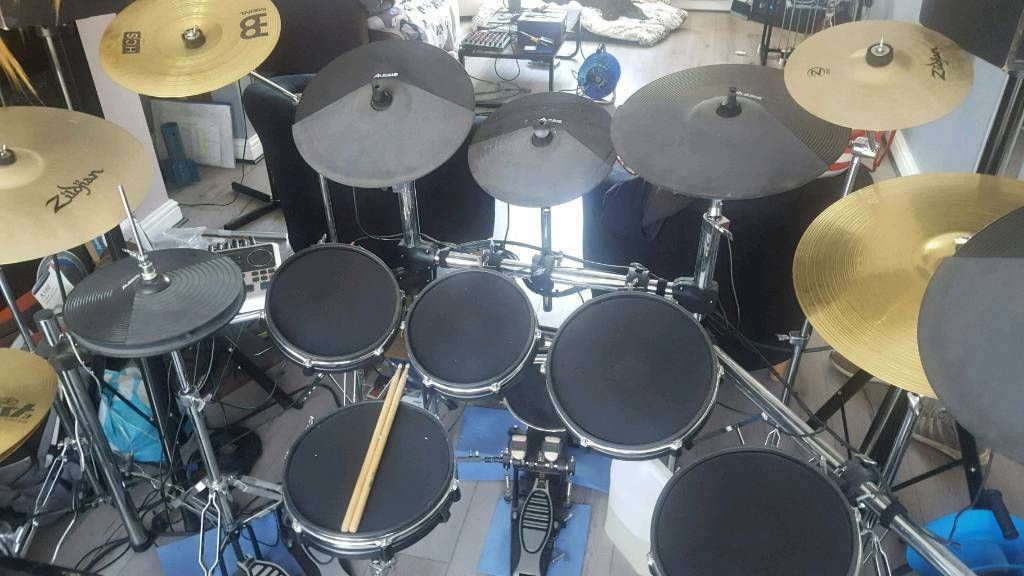 alesis dm10 mesh head drum kit with cymbals in thurnscoe south yorkshire gumtree. Black Bedroom Furniture Sets. Home Design Ideas