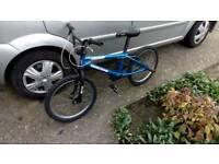 Boys mongoose bmx bike.vgc.cost £300 new