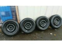 2 x Fiat 500 wheels and tyres (continental 175/65 R14 T XL)
