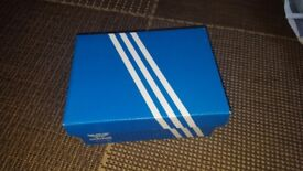Adidas trainers junier size 5