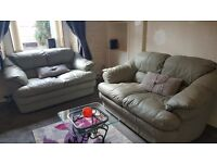 1 BEDROOM FLAT WELL PRESENTED IN A VERY GOOD LOCATION
