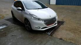 Peugeot 208 allure 1.2 manual 2013 gti upgrades