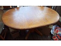 Extendable Dining Table with 4 chairs - Solid Wood