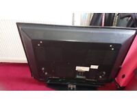 Philips 43 ins flat screen tv with freeview and black glass tv stand