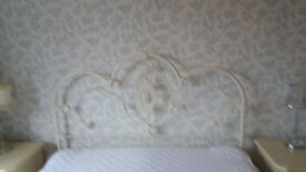 Laura Ashley cream kingsize Somerset Bed