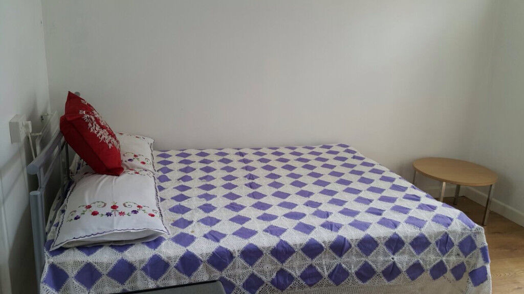STUDIO, SHORT DISTANCE FROM CENTRAL LONDON
