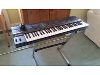 CASINO HT 3000 KEYBOARD / SYNTHESISER £ 100